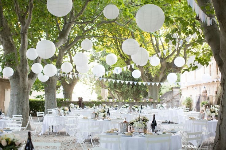 #Fresh #White #ProvenceOutdoorWedding  @photodefamille.fr  @atelier_traiteur_marseille  Laurie Styl  @david_belounge  @Measy  @JazzEvents  @r.sarkissian  @muriel_saldalamacchia  #design_and_lifestyle_around_weddings™ #murielsaldalamacchia  #theinternationalweddingplanner  #weddingsinprovence  #destinationweddingexpert  #lesriresdejulie  #WeddingExperience  #destinationwedding  #provence #weddingdecor #weddingteam  #Aesthetic_Signature