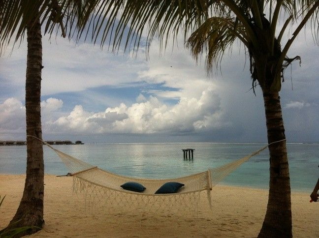 Enjoy true comfort and relaxation with our beautiful range of handmade fair trade Mexican hammocks on framestr.com