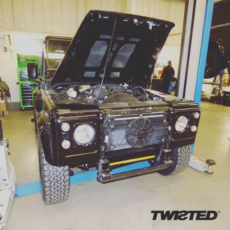 The Twisted P6 performance upgrade provides 174hp and a 2.2 exhaust with no silencer means you'll hear it coming, too! With the addition of our progressive suspension system, this performance package is all tied together with the classic stage one front end.  #Defender #LandRover #LandRoverDefender #AntiOrdinary #DefenderRedefined #Redefined #Performance #Suspension #Grille #Style #Lifestyle #Handmade #Handcrafted #Details #Yorkshire