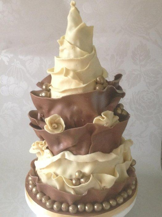 Chocolate wrap cake - by danmadewithlove @ CakesDecor.com - cake decorating website