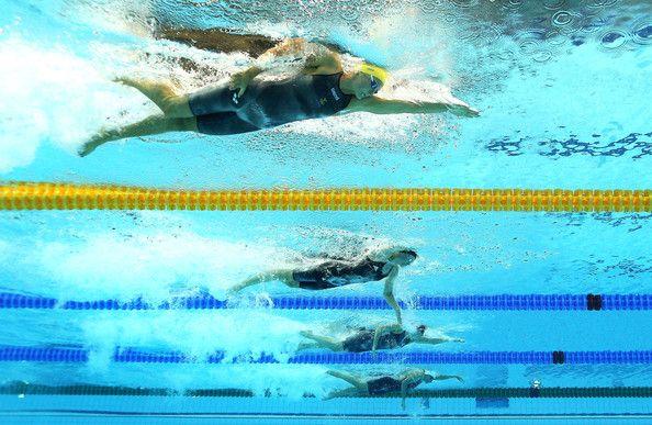 Britta Steffen Photo - Olympics Day 5 - Swimming