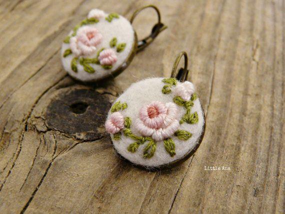 Rose Garden Earrings Nedle felted от LittleAnaAccessories на Etsy