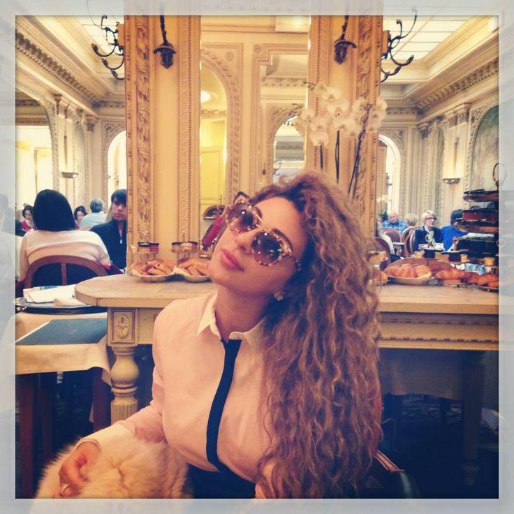 MYRIAM FARES SE TOMA UN MERECIDO ¨BREAK¨ POR EUROPA #MyriamFares #Wella #Google #Londres #Italia #Roma #Europa #Fashion #QueenOfStage #Musica #Arabe #Noticias