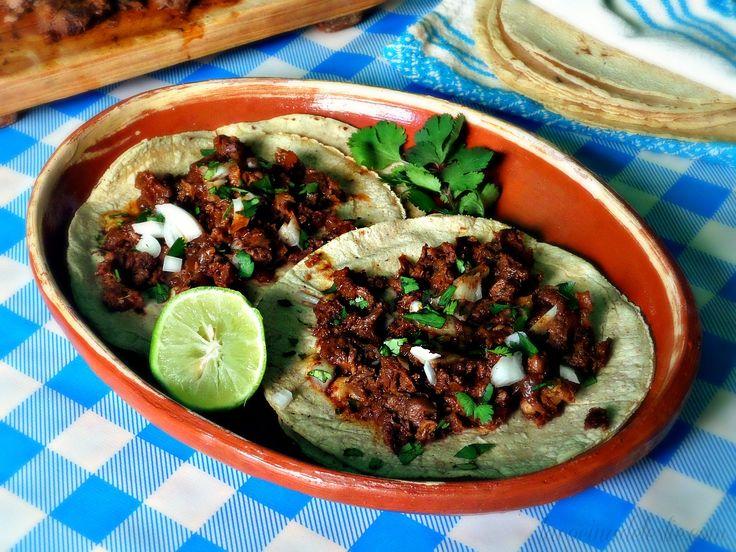 La Cocina de Leslie: Crockpot Beef Shank Barbacoa (de Res) {She Made/Ella Hace}