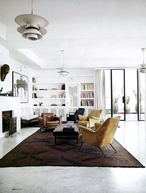 rug: Living Rooms, Elle Decor, Chairs, Interiors Design, Cars Girls, Rugs, Design Home, Girls Style, White Wall