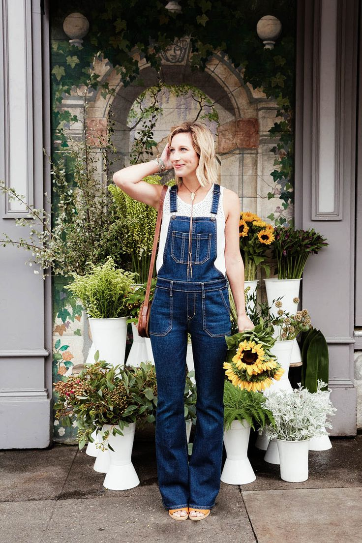 How to Wear Flare Denim Overalls from Summer to Fall | Advice from a Twenty Something