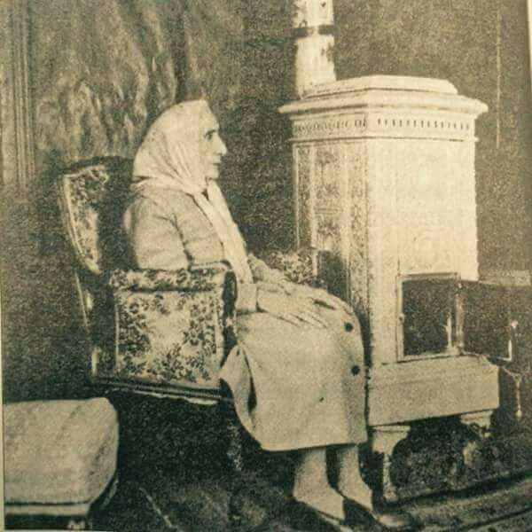 Sultan ABDÜLHAMİD Hanın zevcesi, Müşfika Hanımefendi... Mübarek ruhuna fatiha...inşallah