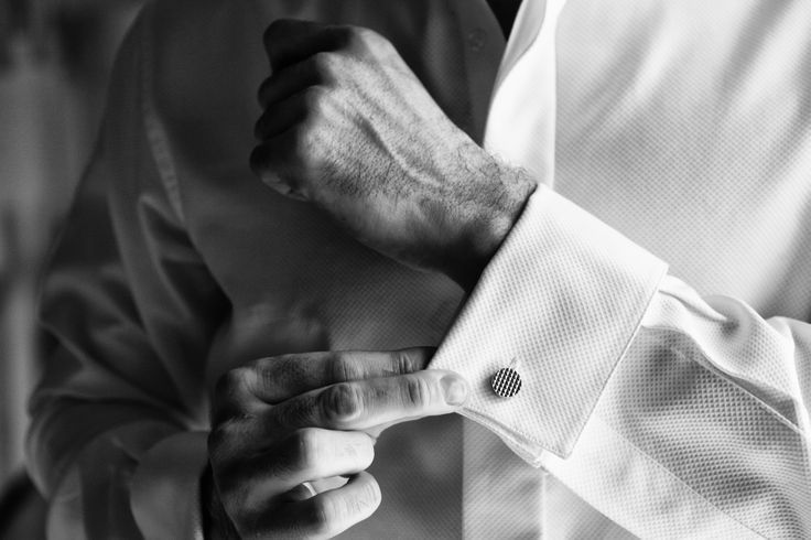 The preparation of the groom