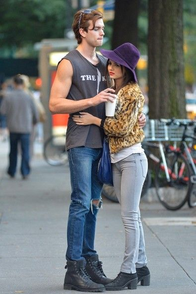 Victoria Justice - Victoria Justice and Pierson Fode on Set in NYC