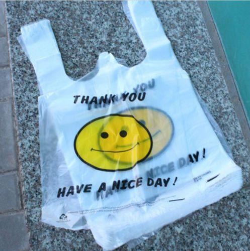 Kr 51,- inkl frakt -------------------   95-100pcs-Wholesale-Smile-Pattern-Plastic-Shopping-Bags-Supermarket-bags-26-40cm