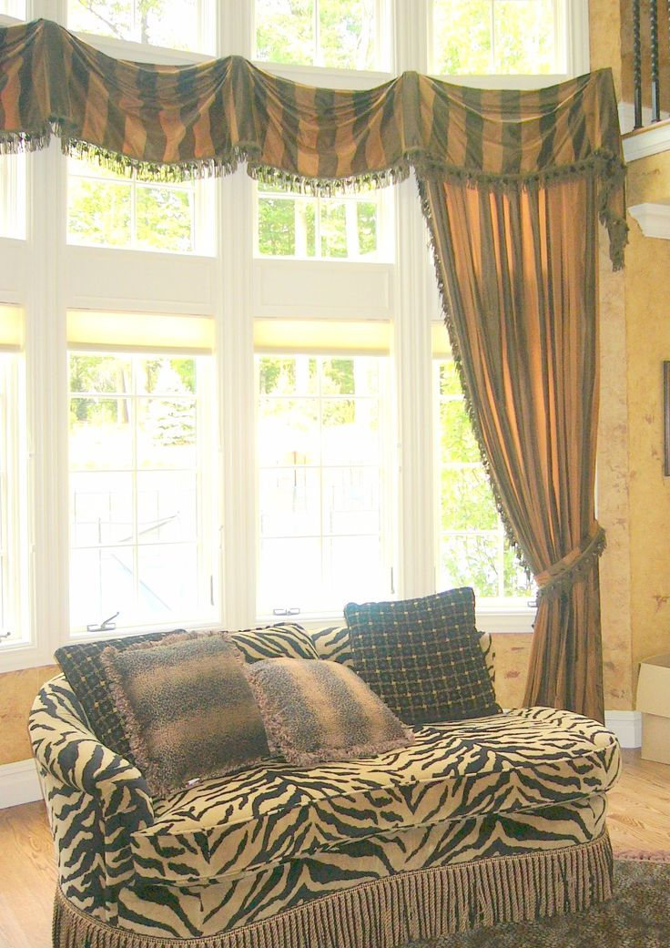 18 best custom valances images on pinterest valances sheet curtains and window coverings. Black Bedroom Furniture Sets. Home Design Ideas