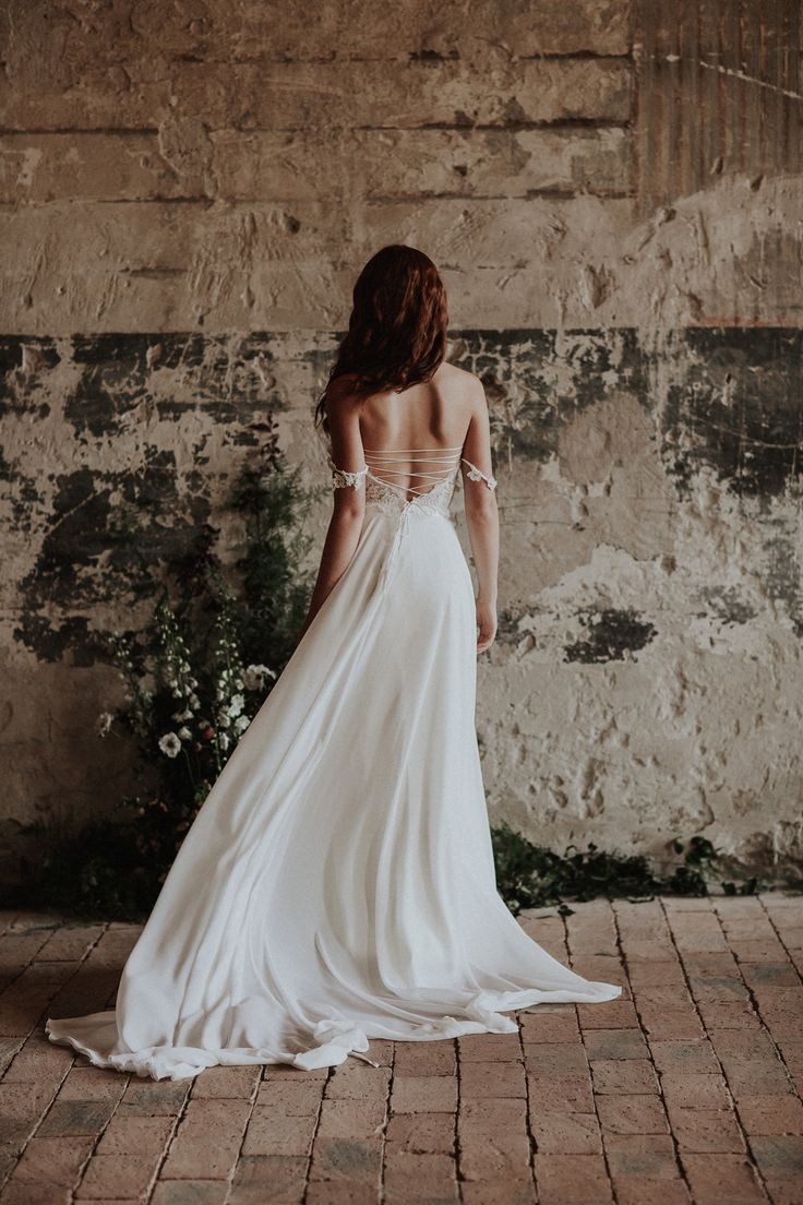 The Daisy top and the Dusk skirt / Nora Sarman Bridal / photo Pinewood Weddings
