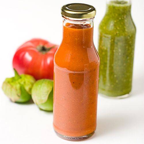 Green and red salsas are an staple in Mexican cuisine. Here are the recipes to make roasted salsas.