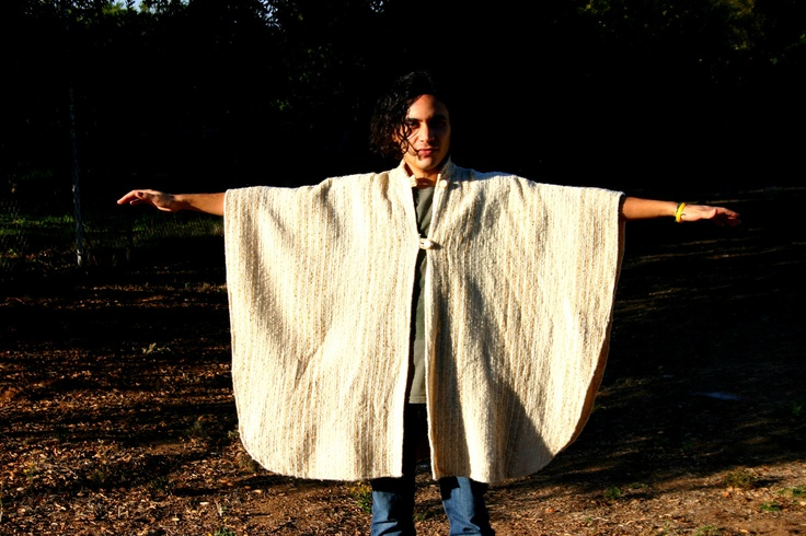 Poncho Vintage bohemian style in perfect condition. Unisex
