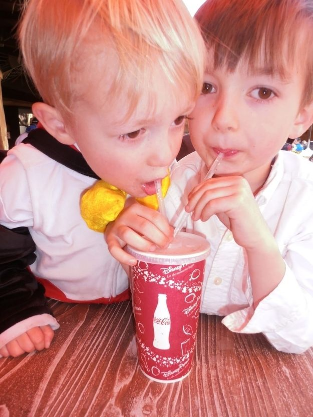 Three restaurants inside Disneyland give free refills on soda and a to-go cup after the meal is over. | 35 Insider Hacks For Taking Your Kids To Disneyland