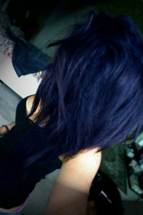 Maybe ill reconsider purple hair for this beautiful blue?? x3