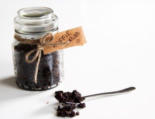 DIY Koffie Suiker Scrub tegen cellulitis