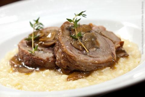 Ravioli Cucina Casalinga (jantar)    Vitello al forno con risotto Parmegiano e Salsa di Funghi  Vitelo ao Forno com Risoto Parmegiano ao molho de Funghi