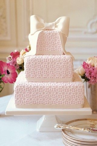 So sweet: Lace Cakes, Bows Cakes, Pink Cakes, Decor Cakes, Elegant Cakes, Pink Bows, Big Bows, Pink Wedding Cakes, Bridal Shower Cakes