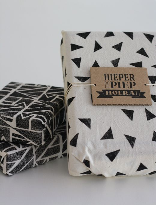 Cute, easy pattern to stamp on wrapping, sheets, kitchen towels etc.
