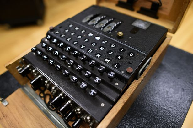 Rare World War Two Enigma machine in perfect working order could fetch huge amount at auction #world #enigma #machine #perfect #working…