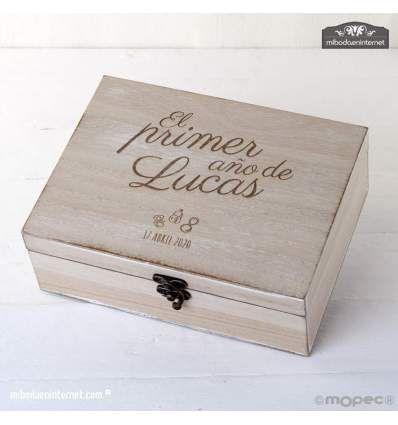 """Cofre madera """"El primer año de..."""""""