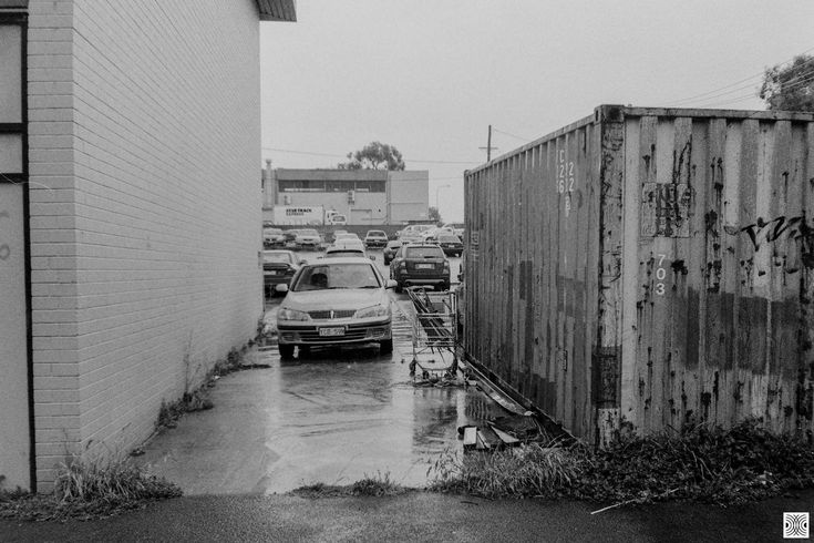 https://flic.kr/p/2511Adq | city | My Canberra - on film mainly somewhere in Belconnen, back in 2014  ... just another anonymous lane ...  Olympus XA, Kodak T-Max 100  www.pavelvrzala.com