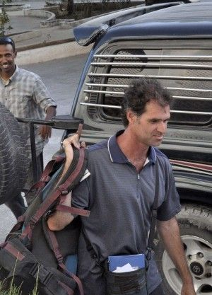 Sbarca il primo turista dopo 20 anni e in Somalia non gli credono. Anno 2010