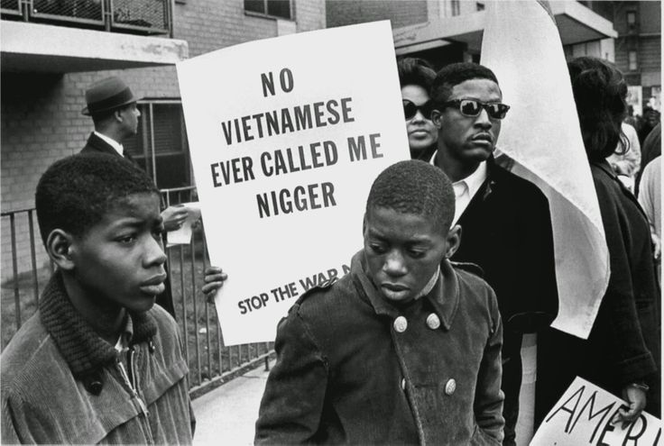 16 Rare Photos Showing Racism and Nazism in Human History
