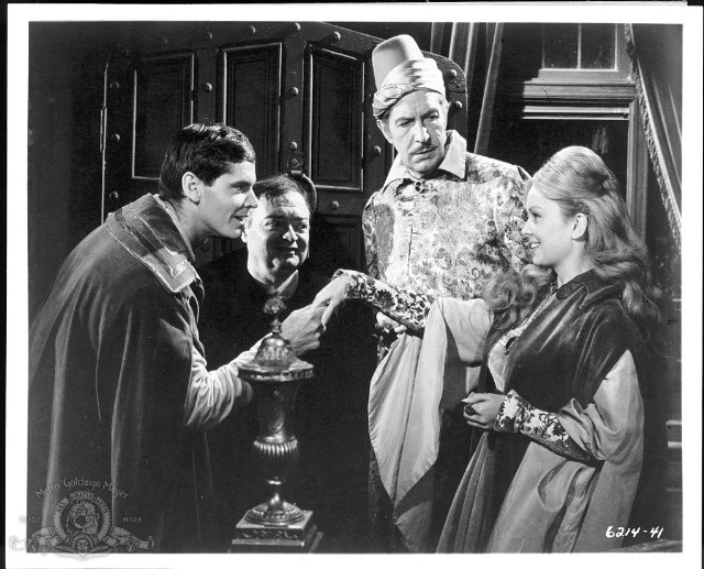 Still of Peter Lorre, Jack Nicholson, Vincent Price and Olive Sturgess in The Raven