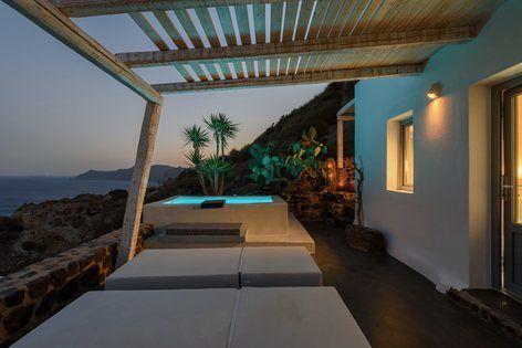 Solstice Luxury Suites, Thira, 2016 - Dimitra Rafa