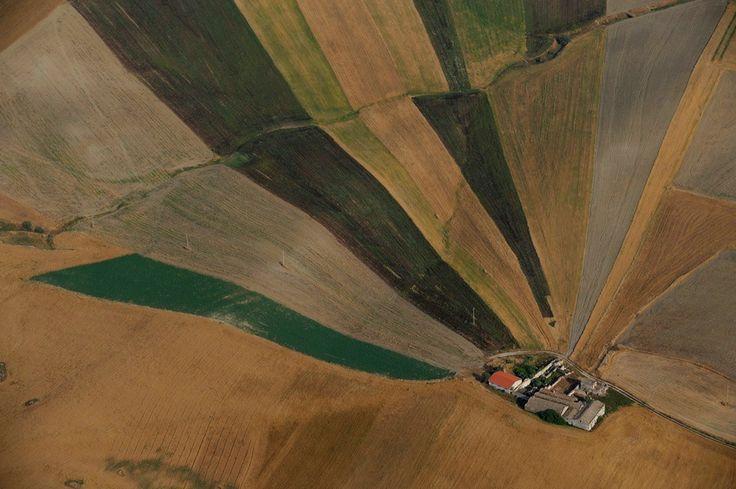 """""""Quando vedi la Basilicata dal cielo vedi campi, vigneti… bellissimi paesaggi…vedi la terra come doveva essere. Una regione d'Italia ancora preservata, autentica, pura…"""" Francis Ford Coppola - regista"""