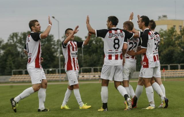 Resovia wygrała 3-2 z Błękitnymi Ropczyce w pierwszym przedsezonowym sparingu.