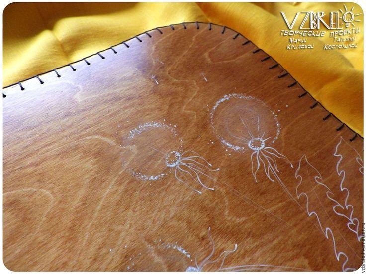 """Купить Столик-поднос на мягкой подушке """"Одуванчики"""". - оранжевый, стол, столик, столик-поднос, поднос"""