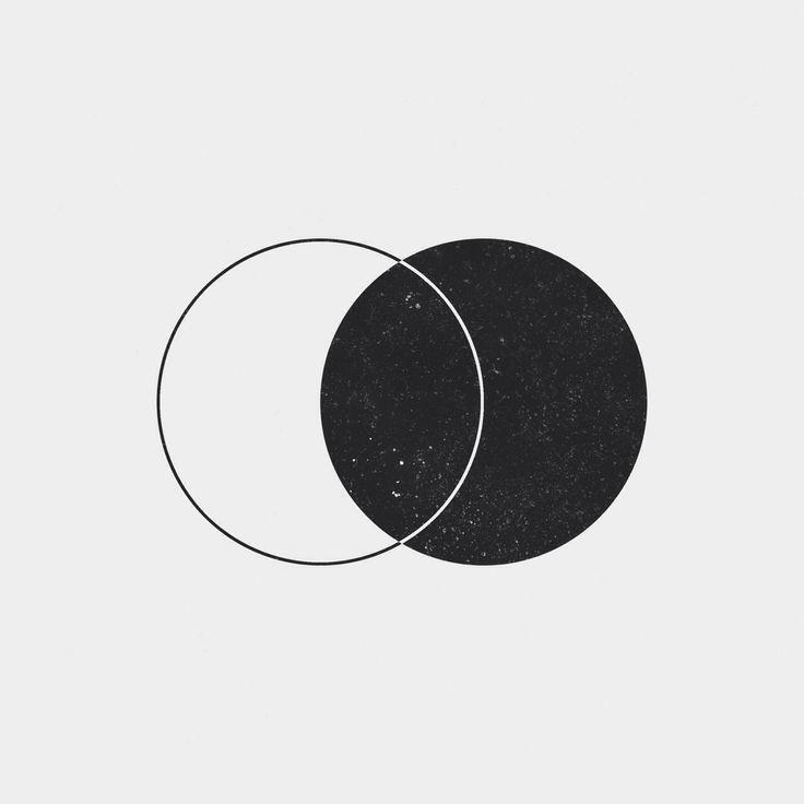 Simple (yet beautiful) minimalistic design :) Source: www.dailyminimal.com