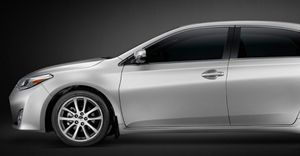 2015 New Toyota Avalon for Sale - Newmarket Toyota
