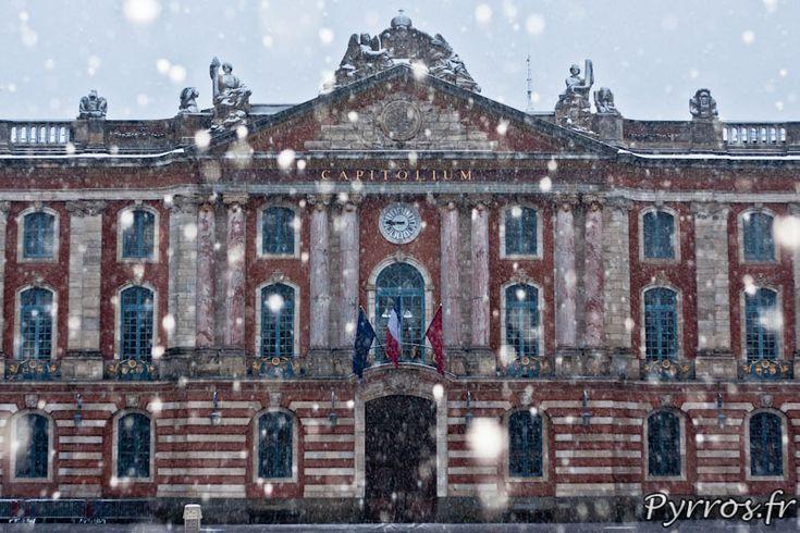 Le Capitole parsemé de flocons - Photo de Pyrros