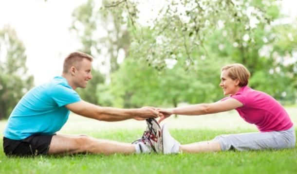 5 Ways to Get Sweaty With Your Spouse - Get your sexy on and switch up date night. It's time to trade in the candle lit dinner for a hot date at the gym.