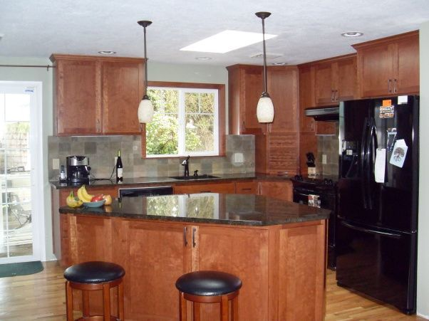 Tri level home remodel 10x10 kitchen remodel 602 x 451 for Bi level kitchen remodel ideas