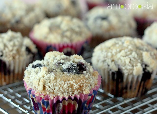 browned butter blueberry crumb muffins | Fat Food | Pinterest