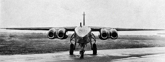Arado Ar 234 Blitz. Ar 234C powered by 4 BMW 003A-1 turbojets in twin engine nacelles.V19 1st variant designated Ar 234C powered by four BMW 003A-1 turbojets in twin engine nacelles. The C-series switched to the BMW engines in order to free up production for the Messerschmitt 262, but the changed improved overall performance with airspeed increasing by 20%. V21 through V30 were also prototypes developed for the C-series.Ar 234C-1 was the reconnaissance version and the C-2 was the bomber