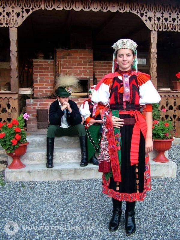 Székely folk costume. Kalotaszeg, Transsylvania