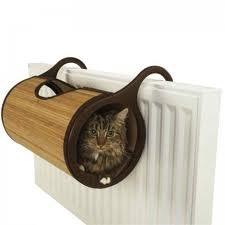 Jolly Moggy bamboo cat radiator bed