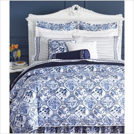 Blue and White Bed Linen by Ralph Lauren.: Bedding, Ralph Lauren, Harbor Octagonal, Lauren Palm, Ralphlauren, Blue White, Bedroom, Palms