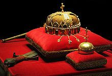 After undergoing extensive historical research to verify the crown as genuine, it was returned to the people of Hungary by order of U.S. President Jimmy Carter on 6 January 1978. Most current academic knowledge about Hungarian royal garments originates from this modern research. Following substantial U.S. political debate, the agreement to return the jewels contained many conditions to ensure the people of Hungary, rather than its Communist government, took possession of the jewels