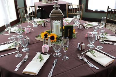 Savannah's Garden: Kristin's Fall Sunflower Wedding at Running Deer Golf Club