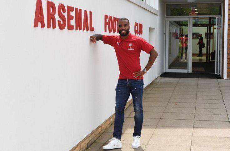 Berita Bola: Tekad Lacazette Bawa Arsenal Juara Liga Inggris -  https://www.football5star.com/liga-inggris/berita-bola-tekad-lacazette-bawa-arsenal-juara-liga-inggris/