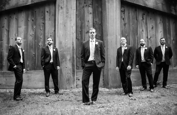 Groom- Groom's men, black and white bridal party pose
