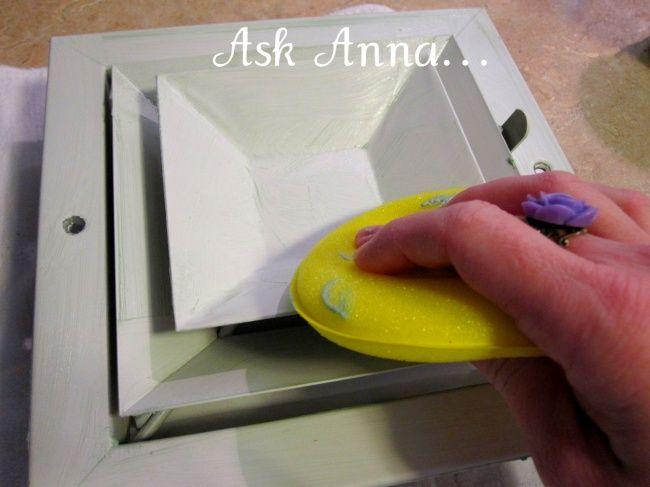 Después de que laves la tapa de ventilación, frótala con cera; esto reducirá considerablemente la aparición de polvo.