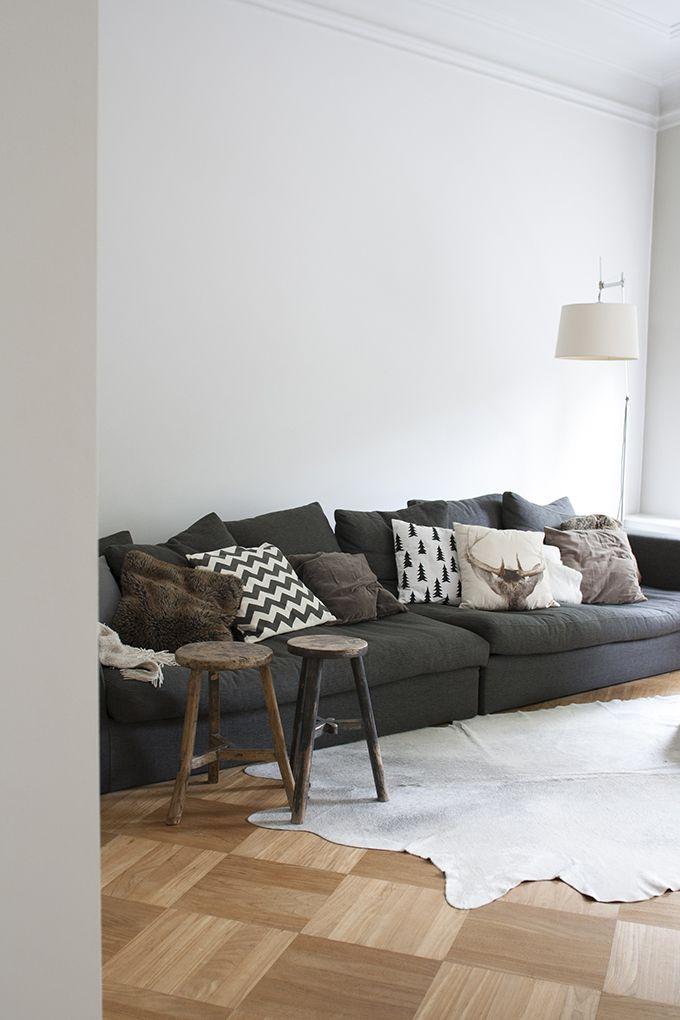 In september fotografeerde Confetti & co. een superleuke binnenkijker bij Ingrid, een collega van Jorian. Ingrid (@quellejoy) woont met haar man en drie zoons in een monumentaal herenhuis in Leiden. Het is werkelijk een fantastisch huis met vier verdiepingen, vijf … Continue reading →